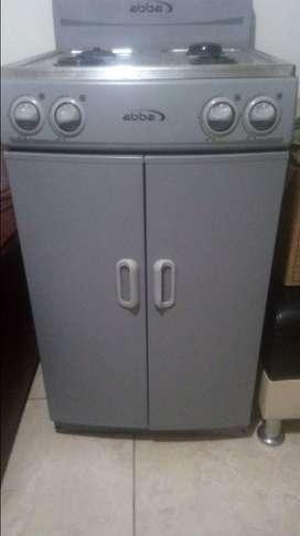 Vendo estufa con gabinete