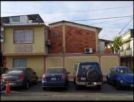 Casa en venta cdla martha de roldos por el registro civil