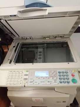 Se vende 3 computadores, 3 impresoras y un portátil