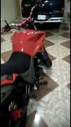 Vendo moto axo tracker 250 al día en $ 1600