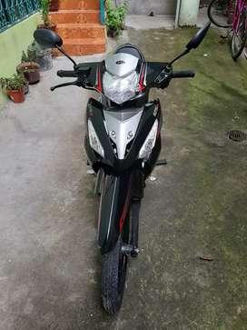 Se vende motocicleta