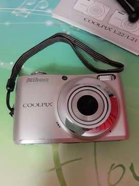 Vendo cámara digital Nikon coolpix l22 usada