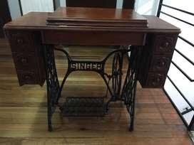 Maquina de coser Singes