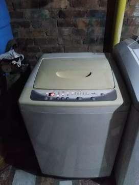 Se vende nevera cocina y lavadora el combo barato por motivos de viaje