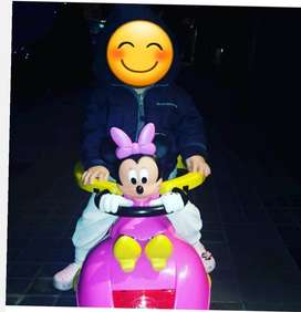 Auto Pata de Minnie Mouse