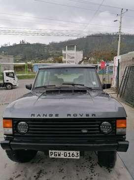 Se vende Range Rover model 1984, manual funciona la doble motor y transmisiones perfectas
