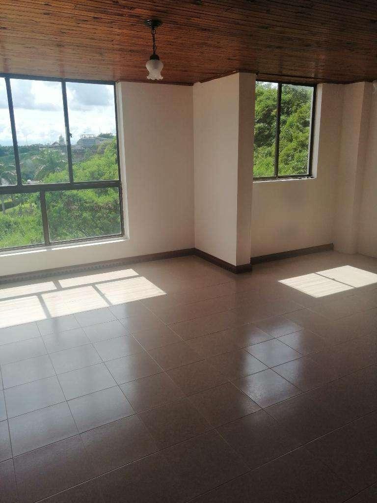 Se Vende Apartamento en Belmonte 0
