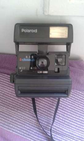 Camara de fotos instantanea Polaroid Close Up 363