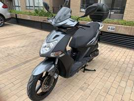 Moto Scooter Kymco Fly 150