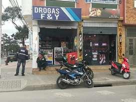 Gangazo se vende droguería y Barberia