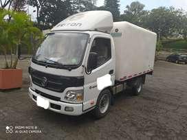 Foton Aumark con furgón de refrigeración (motor cummins)