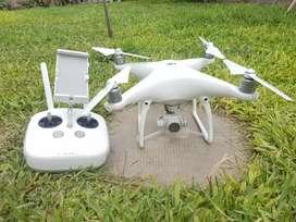 Drone DJI Phantom 4 + Bateria extra
