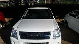 Chevrolet D-max año 2013 color blanco