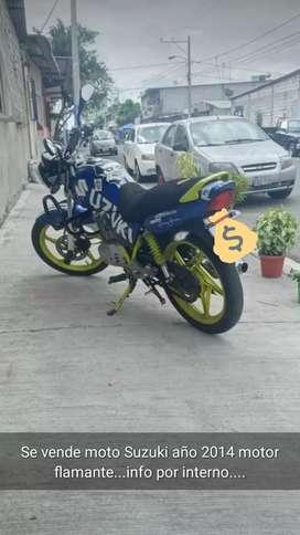 Moto Suzuki Motor Flamante