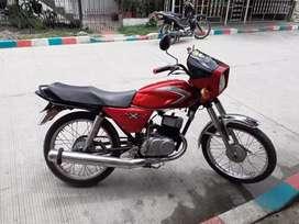 Se vende motocicleta en andalucia valle