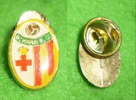 RARO PIN DISTINTIVO FUTBOL BIRKIRKARA FC DE MALTA 1990s