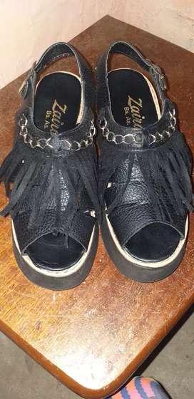 Vendo sandalias y chancletas Nike