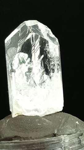 Danburita Piedra 100% Natural 48 Quilates $ 120.000