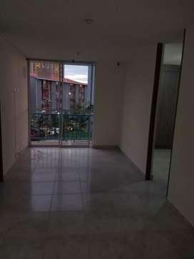 Alquilo apartamento en tercer piso con administración y pisina