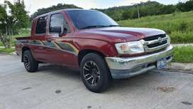 TOYOTA HILUX 2005 DOBLE CABINA DIESEL
