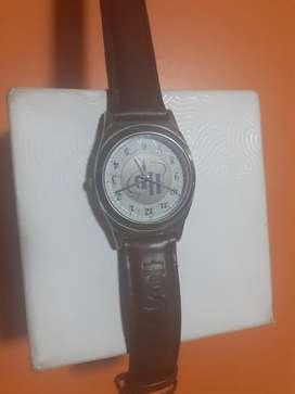 Reloj coleccionable HARRY POTTER semi nuevo operativo, negociable.