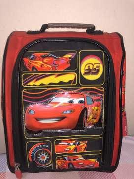 Vendo mochila de ruedas de mickey y Car