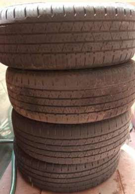 Neumáticos  Continental 195 60 16 p/ Sandero Step Way