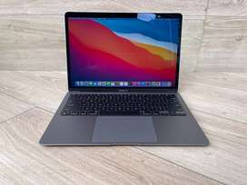 "MacBook Air 13"" M1 2020 - 8GB - 256GB - Open Box"