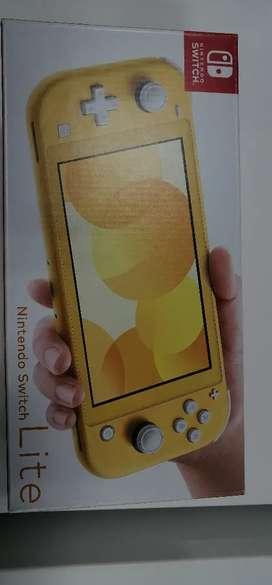 Nintendo switch lite nuevo vendo o cambio por Play4