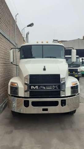 Remolcador MACK ANTHEM 6x4 año 2018