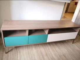 Mesas de noche - mesa para televisión - poltrona