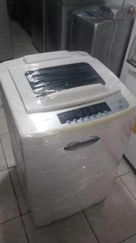 Lavadora 28 libras, whrilpool, buen estado, buen funcionamiento