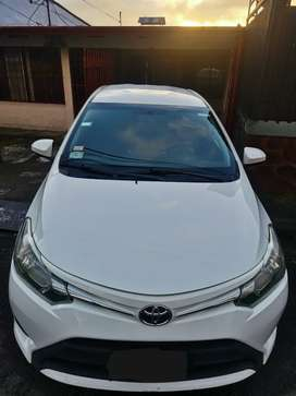 Toyota Yaris sedan 2015 E  rtv 2022
