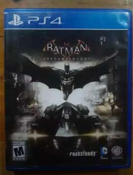 Batman Arkham Kight Juego Físico PS4