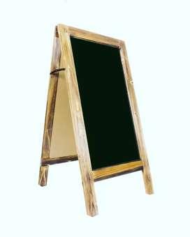 Tablero doble cara madera atrae clientes aviso exterior