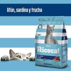 Ricocat Gatos adultos sabor atún, sardina y trucha  Bolsa de 9 Kg con DELIVERY GRATIS