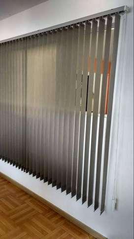 Vendo cortina tipo americana vertical