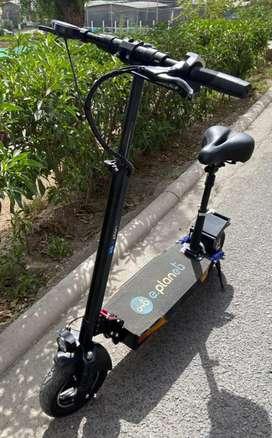 Scooter Electrico de Eplanet / Modelo APOLO