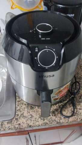 Air fryer como nueva excelente estado muy poco uso marca imusa