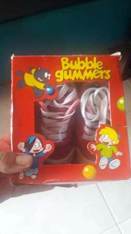 Botas Bubble Gummers talla 18 se colocaron una sola vez
