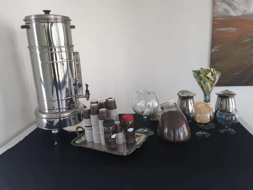 MESA  DE ESTACION  DE CAFE . VILLAVICENCIO 0