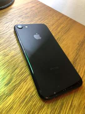 Iphone Jet Black usado. No funciona el Mic.