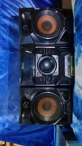 Equipo de sonido, SONy mp3, cd, usb, conexion al DVD.