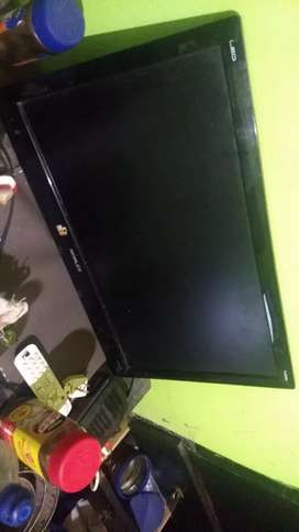 LED TV 24 pulgadas (detalles)