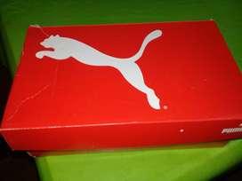 Zapatillas puma color blancas