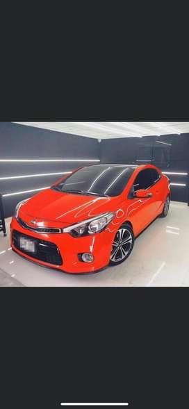 Motor 2.0 año 2015 modelo 2016 carro deportivo con radio tactil aros nuevos y gran potencia segunda mano  Perú