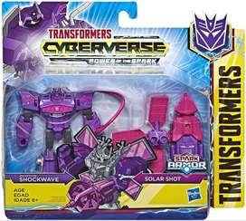 Transformers Tra Cyberverse Spark Armor Shockwave