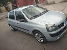 Vendo Renault Clio en buen estado