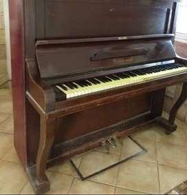 Vendo piano vertical aleman de 1900 Carl Schmidt