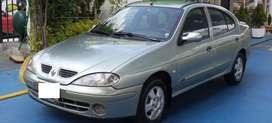 Vehiculo renault megane 2003- 1.400cc excelente estado